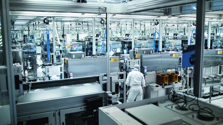 """Intel может снова выйти на рынок смартфонов, планшетов и носимых устройств"""""""