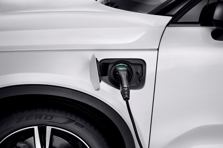 """Каждый второй продаваемый автомобиль Volvo к 2025 году получит электропривод"""""""