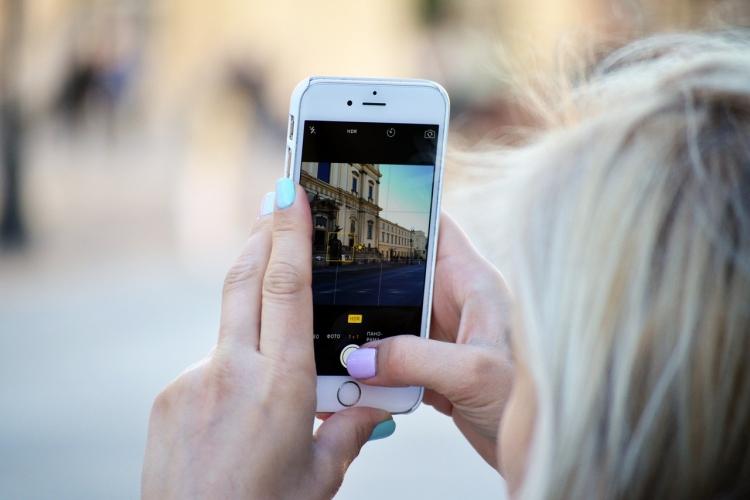 """Facebook использует фотографии из Instagram для обучения ИИ-алгоритмов"""""""