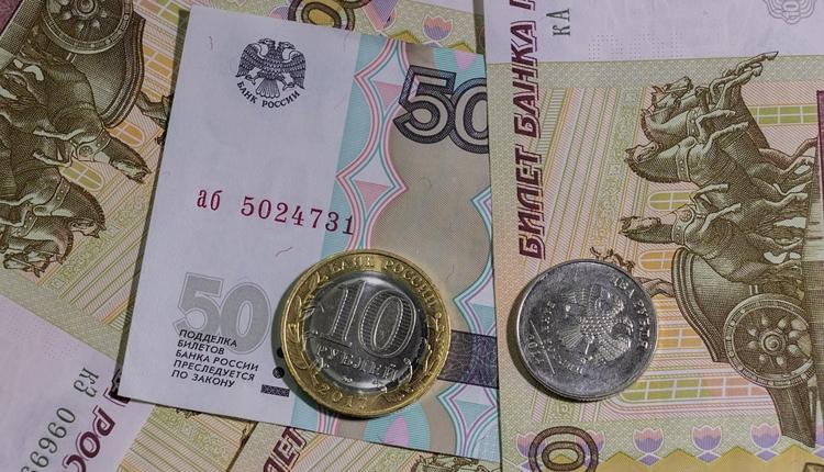 """Россияне смогут переводить деньги через Интернет по QR-коду"""""""