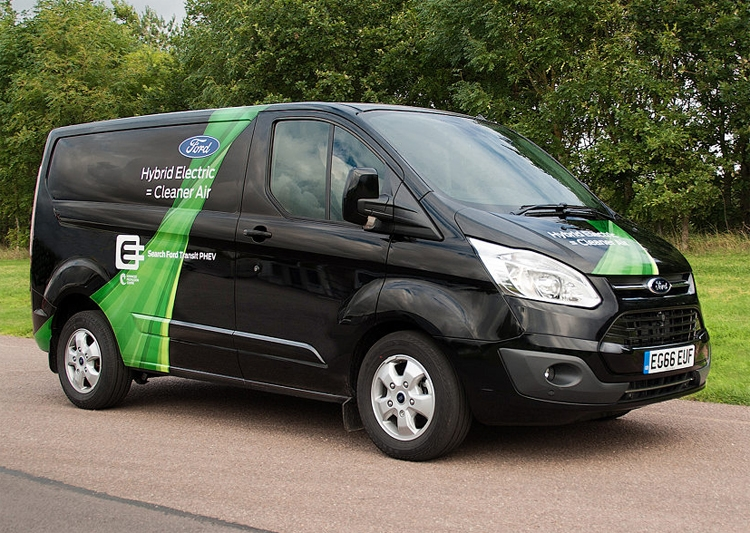 """В Испании начинаются испытания гибридных фургонов Ford Transit Custom PHEV"""""""