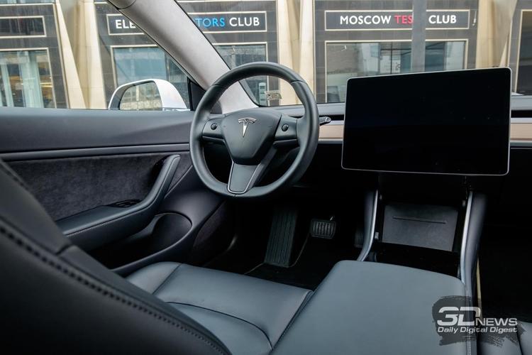 """Tesla начинает приём заказов на полноприводную версию электрокара Model 3"""""""