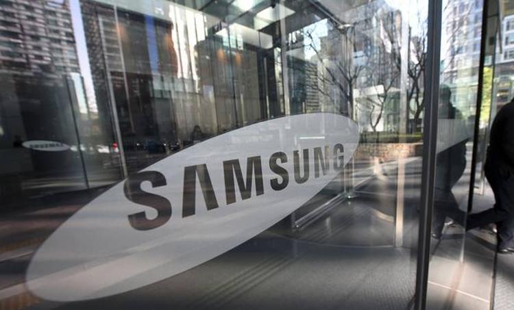 """Смартфонам Galaxy S10 приписывают наличие экрана с пиксельной плотностью более 600 PPI"""""""