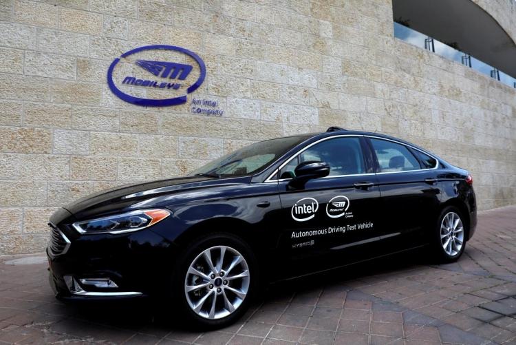 """«Дочка» Intel поставит технологию автономного вождения для 8 млн автомобилей"""""""