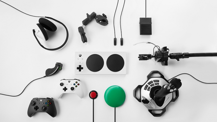 "Microsoft анонсировала Xbox-контроллер для инвалидов"""