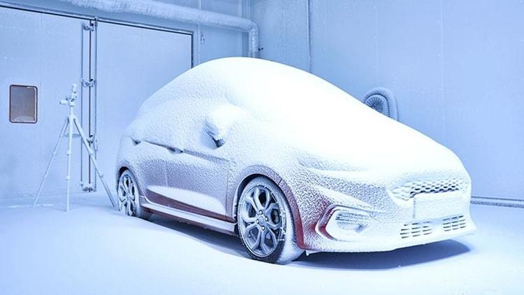 """«Фабрика погоды» Ford воспроизводит любые климатические условия"""""""
