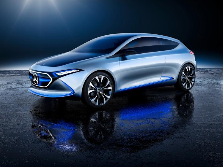 Прототип компактного электромобиля Mercedes-Benz Concept EQA