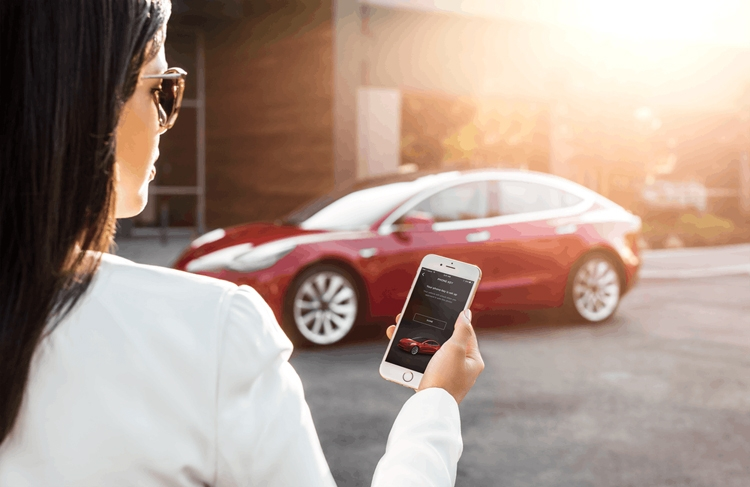 "Tesla Model 3 Performance: разгон до «сотни» за 3,5 секунды"""