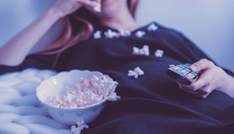 """Рынок платного телевидения в России за год вырос только на 2,5 %"""""""
