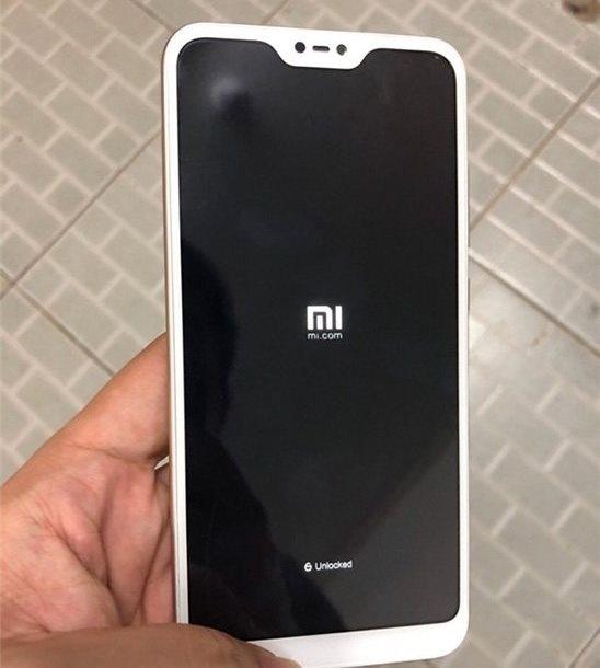 """Прототип смартфона Xiaomi Redmi 6 попал в руки инсайдеров"""""""
