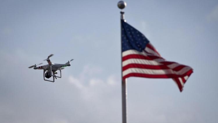 В FAA предлагают обязать владельцев БПЛА наносить уникальные номера на корпус дронов