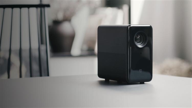 Xiaomi представила DLP-проекторMijia Projector за 6