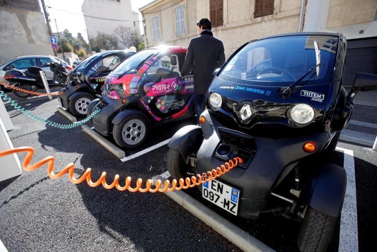 """Число электромобилей на дорогах превысило 3 млн"""""""