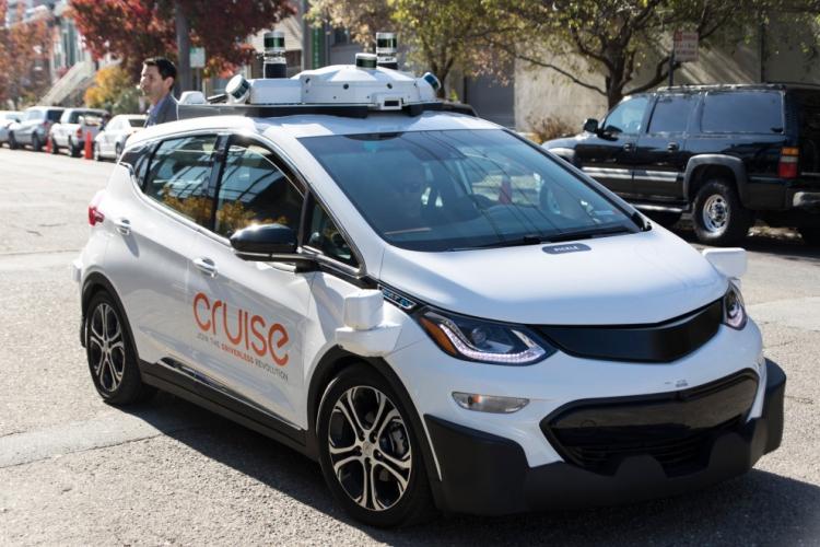 """Подразделение General Motors получит $2,25 млрд инвестиций отSoftBank  на развёртывание робомобилей"""""""