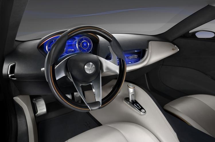 """Электрический суперкар Maserati Alfieri получит три мотора"""""""