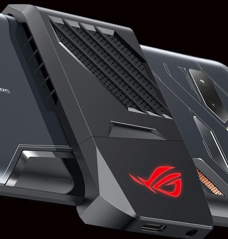 """Computex 2018: игровой смартфон ASUS ROG Phone с необычными функциями и аксессуарами"""""""