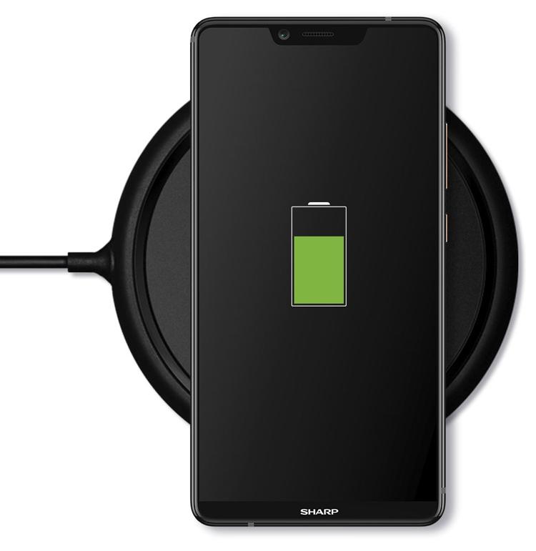 """Смартфон Sharp Aquos S3 High Edition получил экран с вырезом и поддержку Qi"""""""