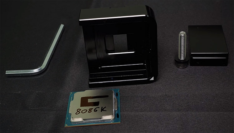 Доконца года Intel выпустит 28-ядерный процессор счастотой 5 ГГц