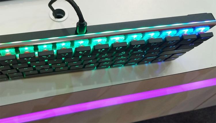 """Computex 2018: низкопрофильная механическая клавиатура Cooler Master CK620"""""""