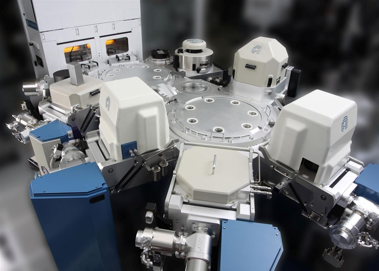 Пример платформы Applied Materials для обработки кремниевых пластин