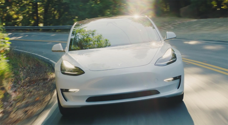"""Объём производства Tesla Model 3 приближается к 5000 штук в неделю"""""""