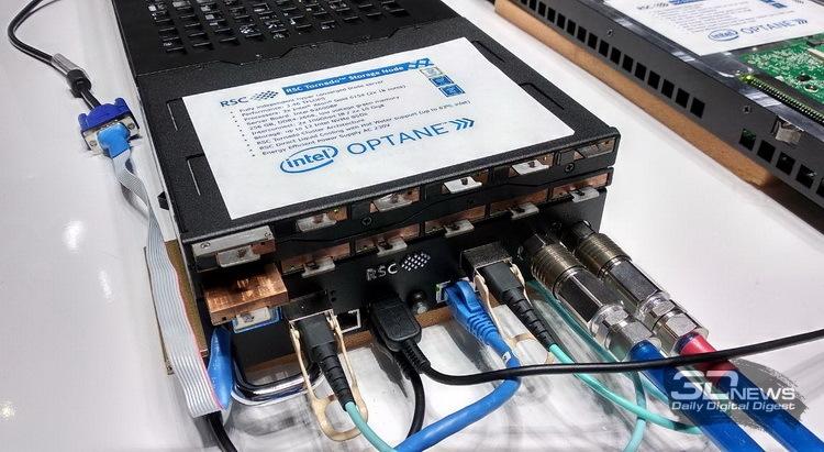 Модуль RSC Tornado вмещает до 12 накопителей Optane