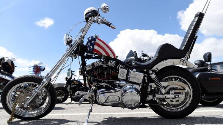 """Трамп раскритиковал решение Harley-Davidson вывести часть производства из США"""""""