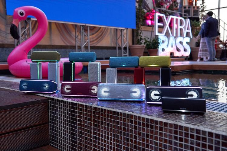 "Sony представила в России новинки семейства аудиоустройств EXTRA BASS"""