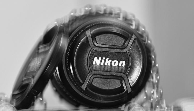 """Nikon готовит две новые беззеркальные фотокамеры"""""""
