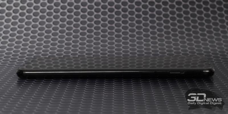 OnePlus 6, правая грань: клавиша включения и переключатель звуковых профилей