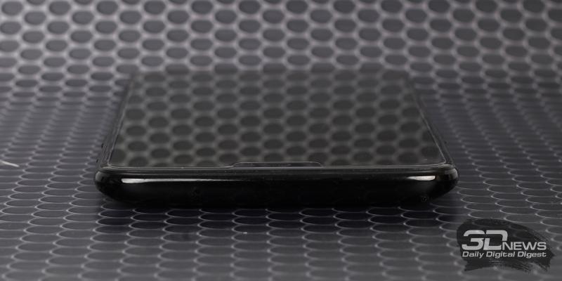 OnePlus 6, верхняя грань: дополнительный микрофон