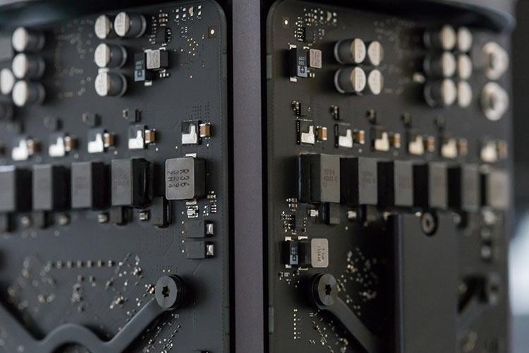 """Бывший сотрудник Apple обвинён в краже секретов, связанных с проектом автопилота"""""""