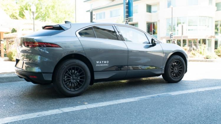 """На дорогах Сан-Франциско появились электромобили Jaguar I-Pace компании Waymo"""""""