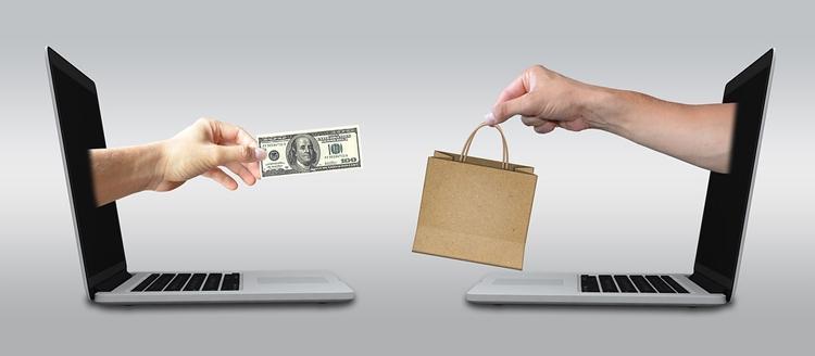 """В России предложено ввести сборы за покупки в зарубежных веб-магазинах"""""""