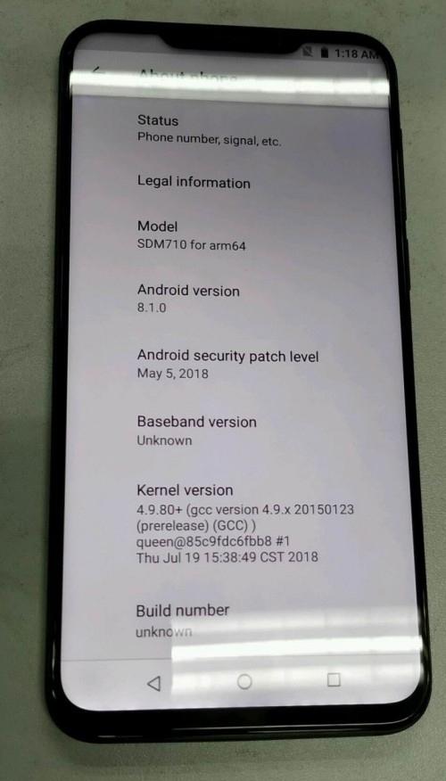 """Meizu X8: первое «живое» фото показало наличие «моноброви»"""""""