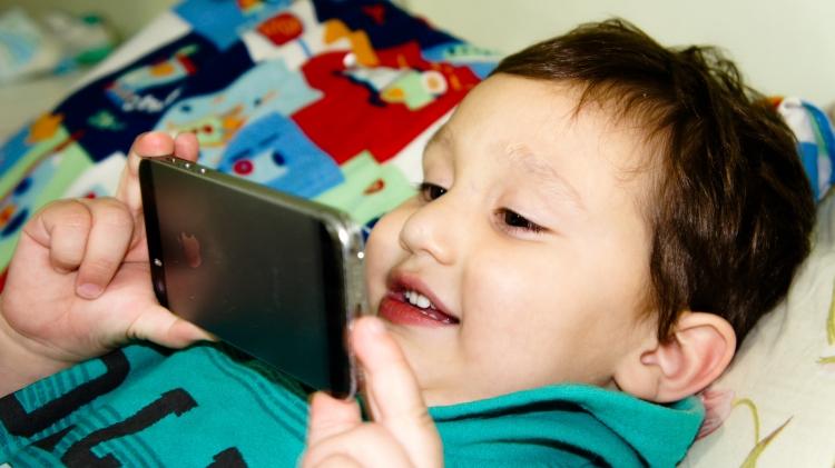 """Facebook и Instagram станут активнее блокировать аккаунты малолетних пользователей"""""""