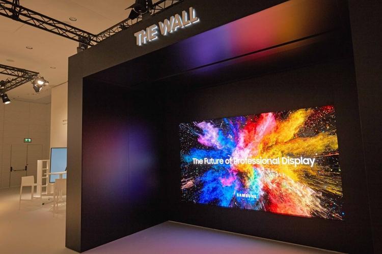 """Потребительская версия модульного телевизора Samsung The Wall выйдет в 2019 году"""""""