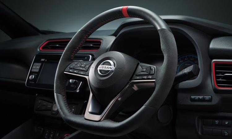 "Nissan Leaf NISMO: электрокар со спортивным характером"""