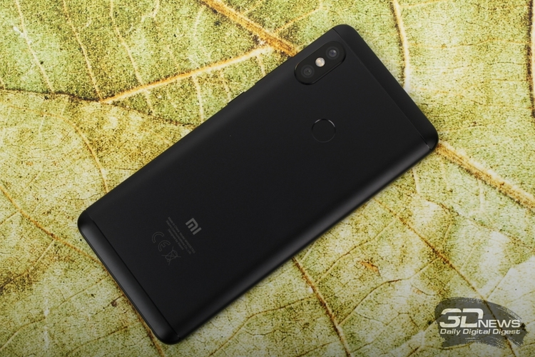 Xiaomi представила смартфон Redmi Note 5 с памятью 128 Гб