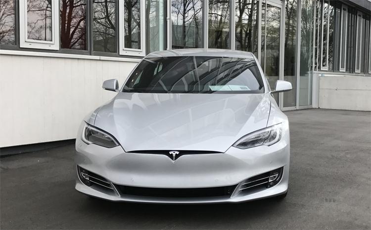 """Tesla рассчитывает довести объём выпуска Model 3 до 10 000 штук в неделю в 2019 году"""""""