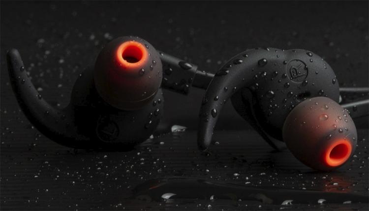 """Creative Outlier ONE Plus: беспроводные наушники с аудиоплеером"""""""