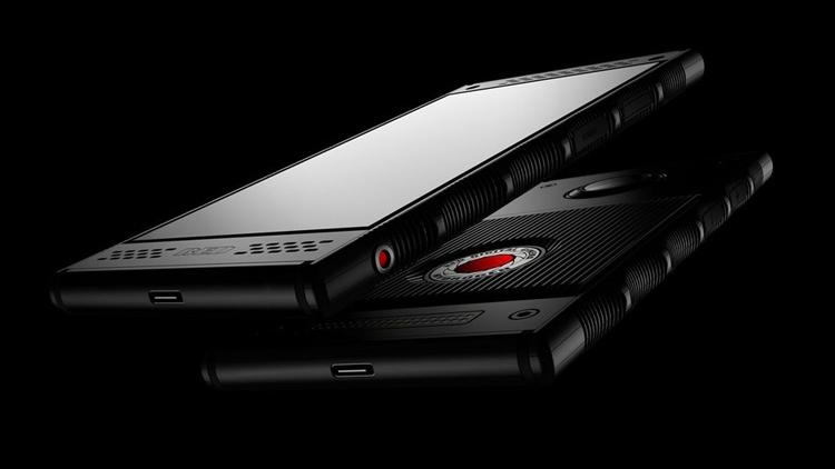 Смартфон RED Hydrogen One