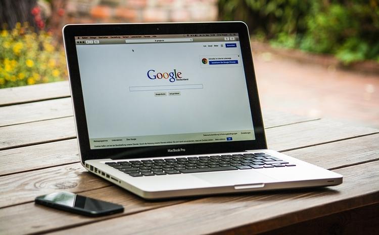 YouTube станет вторым самым посещаемым сайтом в США, Google вне досягаемости