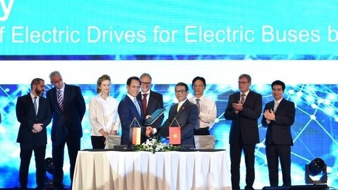 """Технологии Siemens будут использоваться для производства электрических автобусов вьетнамской Vinfast"""""""