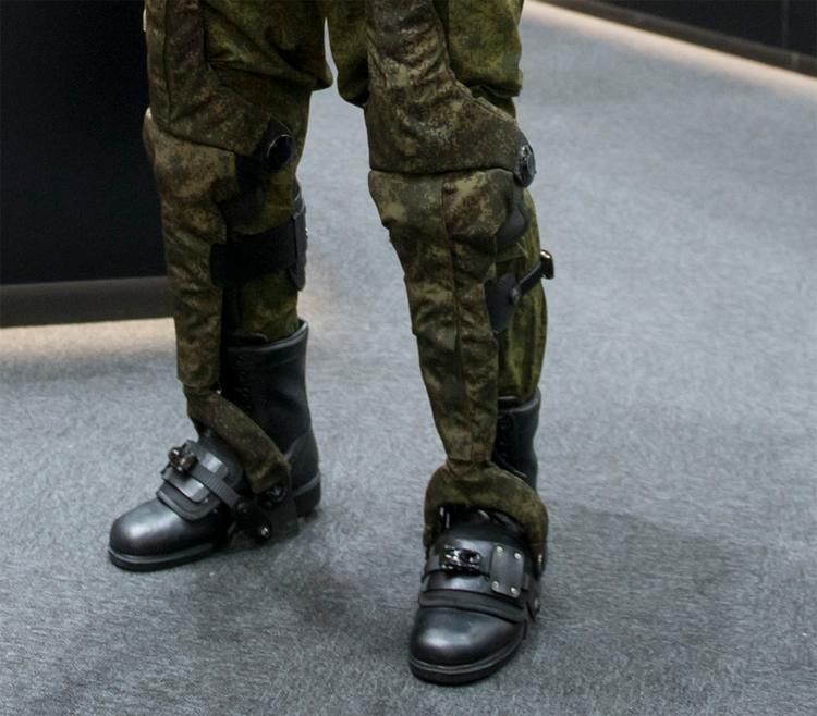 """Показан действующий экзоскелет для российских солдат будущего"""""""