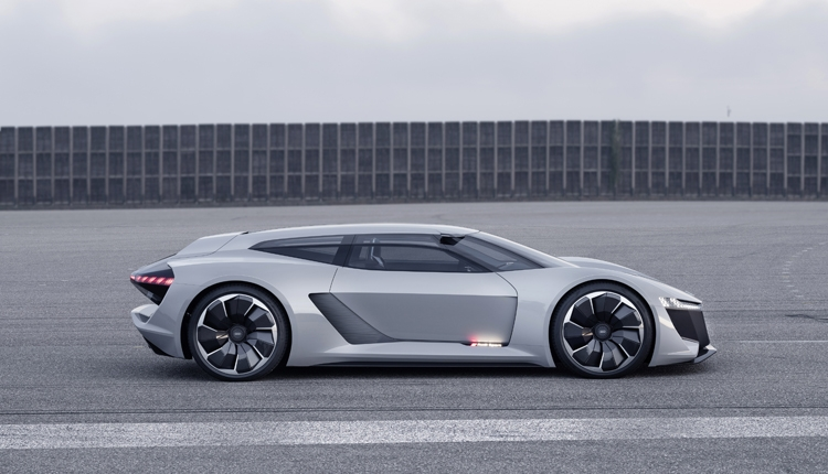 "Audi PB18 e-tron: электрический спорткар с запасом хода более 500 км"""
