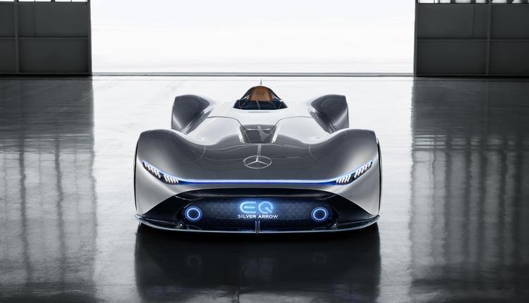 """Mercedes-Benz Vision EQ Silver Arrow: необычный спорткар с электроприводом"""""""