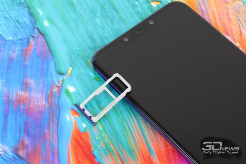 Huawei nova 3, нижняя грань: мини-джек, порт USB Type-C, микрофон и основной динамик