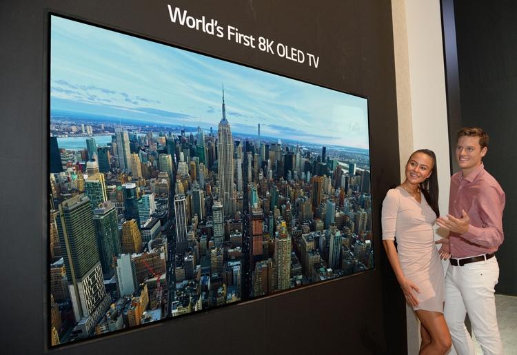 "LG представила первый в мире OLED-телевизор формата 8K"""
