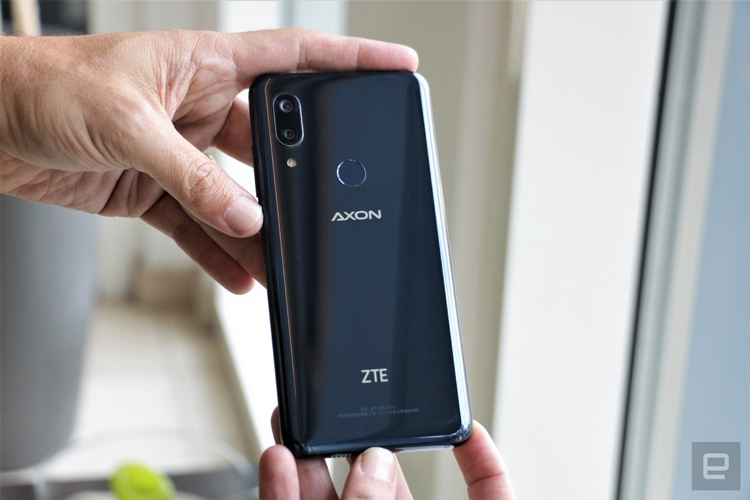 "IFA 2018: главная особенность смартфона ZTE Axon 9 Pro — технология Axon Vision"""